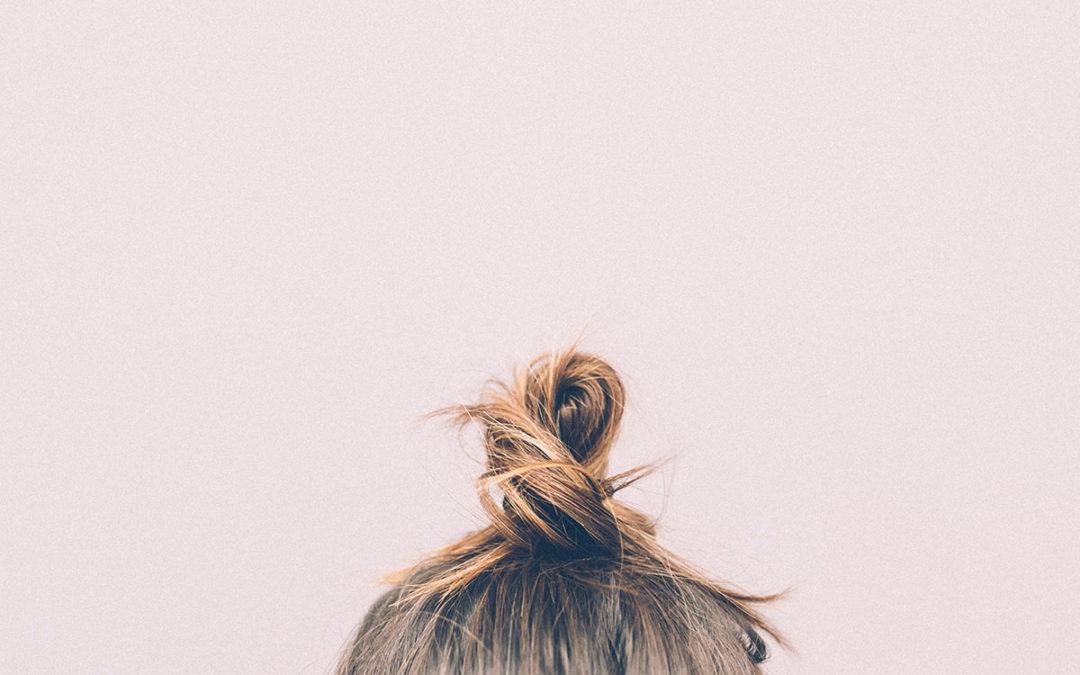 SOS Capelli: come affrontare la perdita di capelli nella PCOS